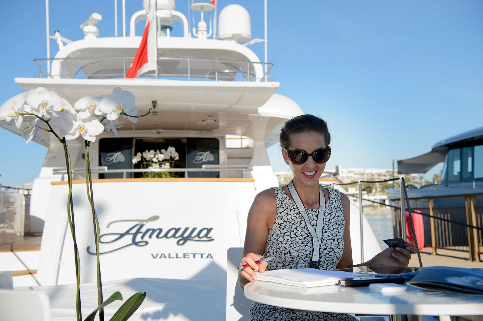 https://www.amayayacht.com/wp-content/uploads/2019/01/amaya-cannes-yacht.jpg